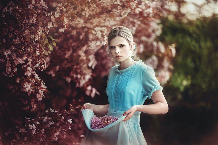 Обои природа, девушка, сад, весна 2048x1365