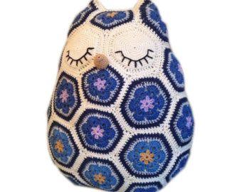 Crochet Pattern - Maggie the African Flower Owl Pillow