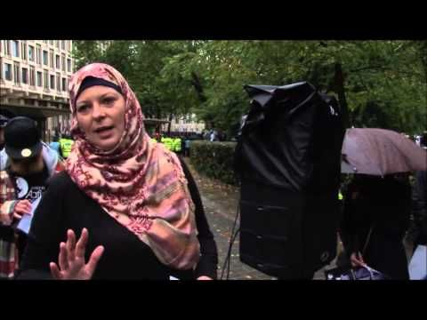 JFAC SENTENCED Protest - Lauren Booth Dr. Aafia Siddiqui