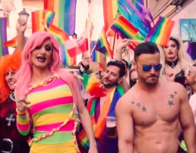 'Chica, Welcome To Madrid'de Kika Lorace, el himno gay delWorld Pride Madrid, Gay, Pride, Style, Fashion, Swag, Moda, Fashion Styles, Fashion Illustrations