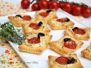 Petits feuilletés apéritifs au chèvre, tomates cerise et thym • Hellocoton.fr