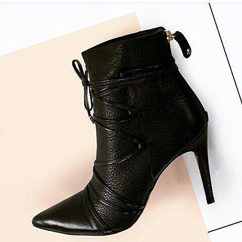 """571 curtidas, 6 comentários - Conceito Trendy (@conceitotrendy) no Instagram: """"Alguma apaixonada por botas aí? Por que eu sou e muito. Encontrei esses modelos na @courobello e…"""""""