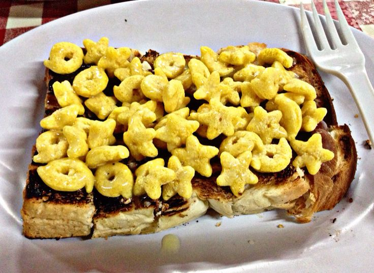 Roti bakar with Toblerone choco and honeystar. At Warung Nagih