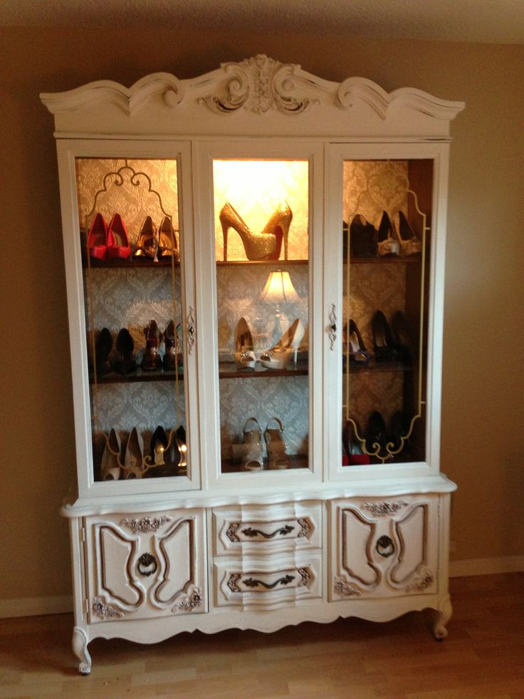 Repurposed a china cabinet into a shoe display! Cost me $60 and I made ...