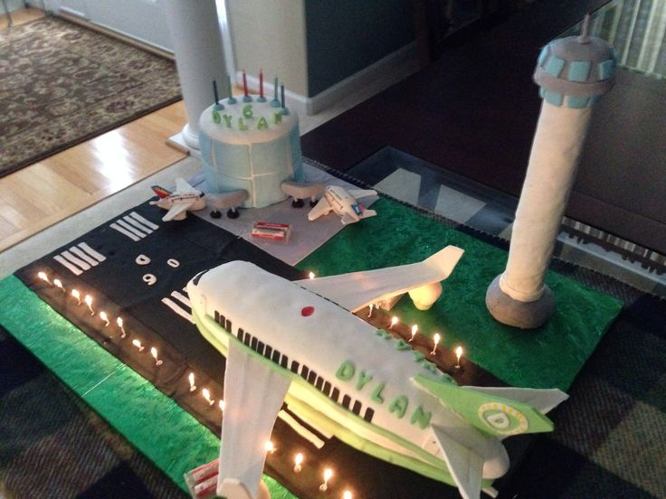 20 Best Aeroplane Cakes Images On Pinterest Airplane Cakes Planes