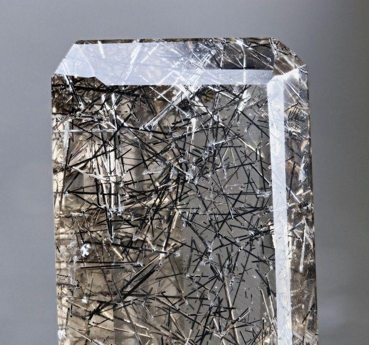 Tourmaline in faceted smokey quartz Madagascar FOV 3cm