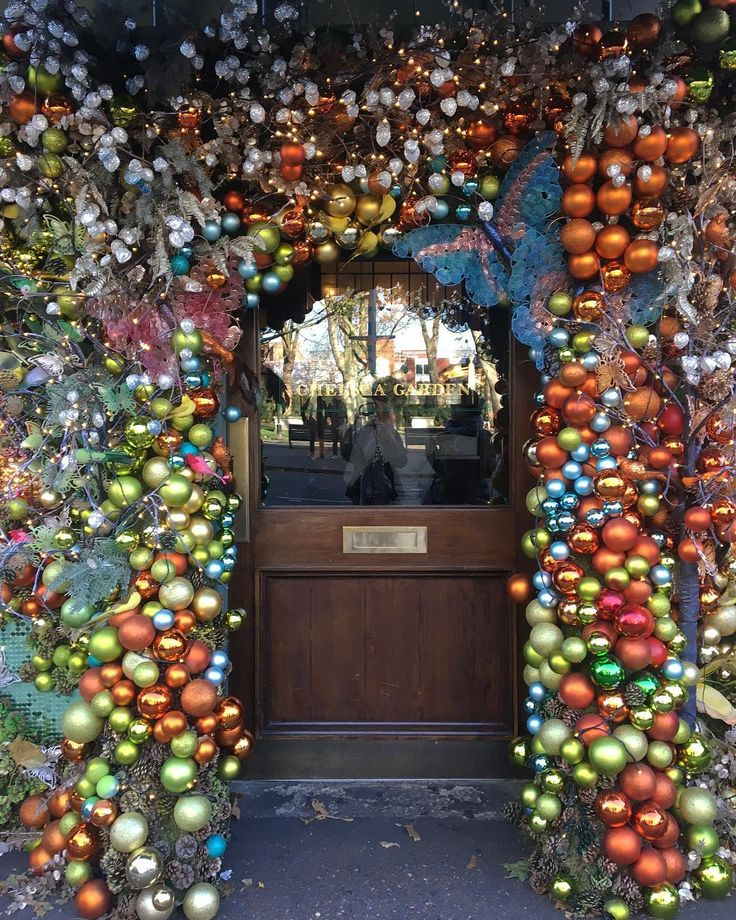 """THE IVY CHELSEA GARDEN, London, UK, """"I'm All Baubled Out"""