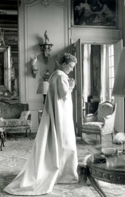 Mona Bismarck wearing Balenciaga in her apartment on Avenue de New-York in Paris