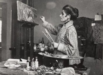 Olga Boznańska (April 15, 1865 – October 26, 1940) was a Polish painter of the turn of the 20th century. She was a notable female painter in Poland and Europe, and was stylistically associated with the French impressionism.