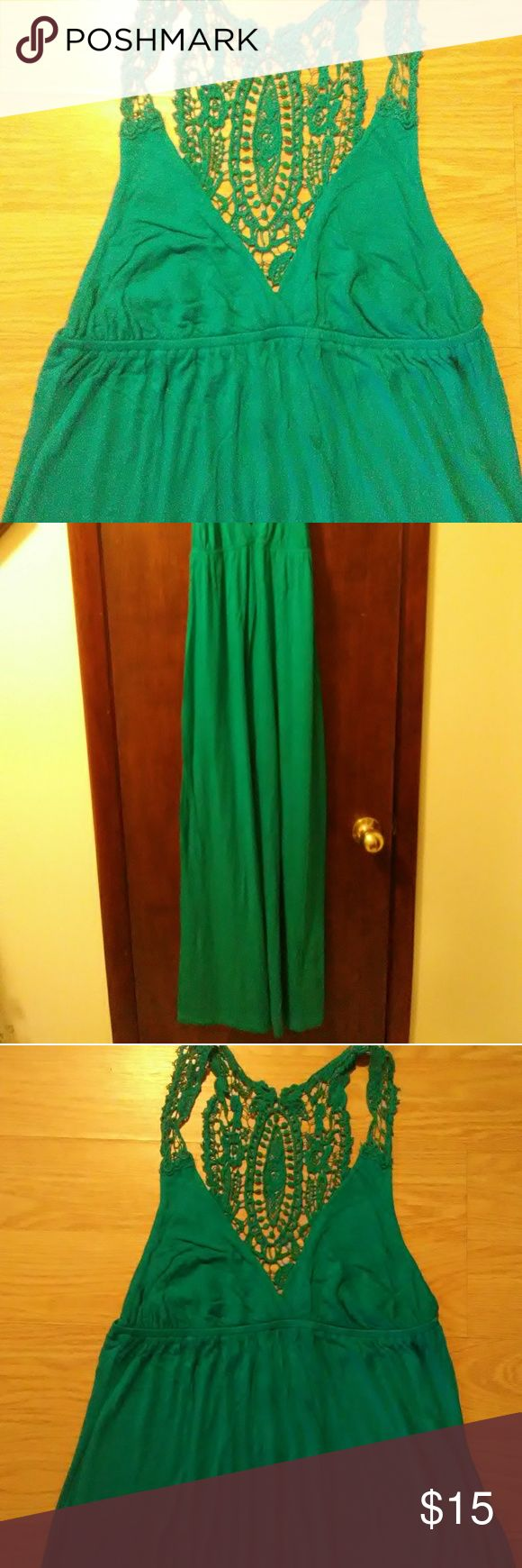 """Forever 21 turquoise maxi dress size M Gently worn, in great condition forever 21 brand long maxi turquoise dress women's size M. Dress is very long I'm 5'10"""" and it goes to the floor. Forever 21 Dresses Maxi"""