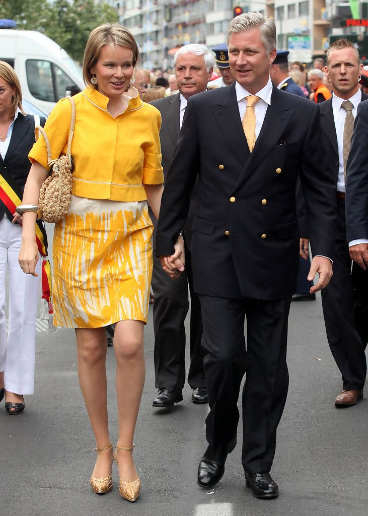 Princess Mathilde Photos - Princess Mathilde and Prince Philippe of Belgium attend Crown Procession on July 10, 2009 in Tongeren, Belgium. - Princess Mathilde Photos - 1425 of 1847
