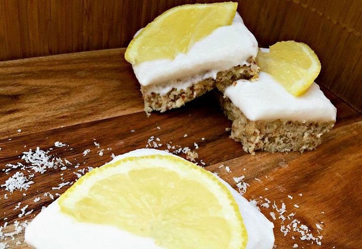 Think bliss ball but EVEN BETTER. At only 150 calories per slice, it's a perfect snack. This lemon and coconut slice, is fresh and zesty - just yummy!