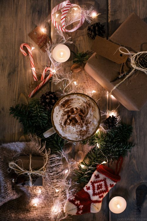 """perpetuallychristmas: """" thechristmaswish: """" This aesthetic is lovely and festive! """" Christmas Posts All Year! (New posts every 3 minutes!!) """""""