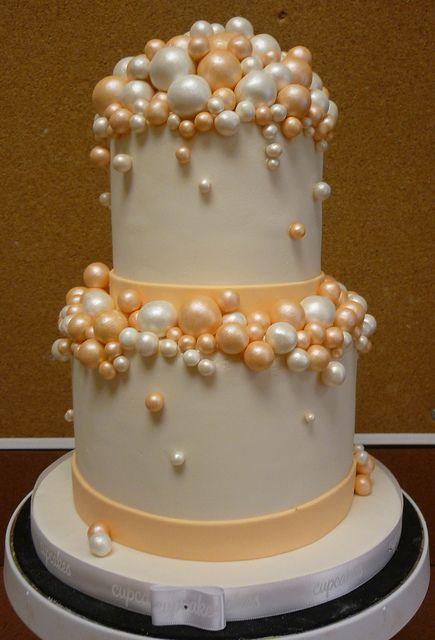 Champagne bubble cake by saskia nollen, via Flickr