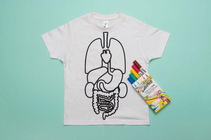 Box de novembre Koa Koa sur le thème du corps humain: un tee shirt à colorier pour découvrir les organes vitaux. En partenariat avec les marqueurs #edding #koakoa