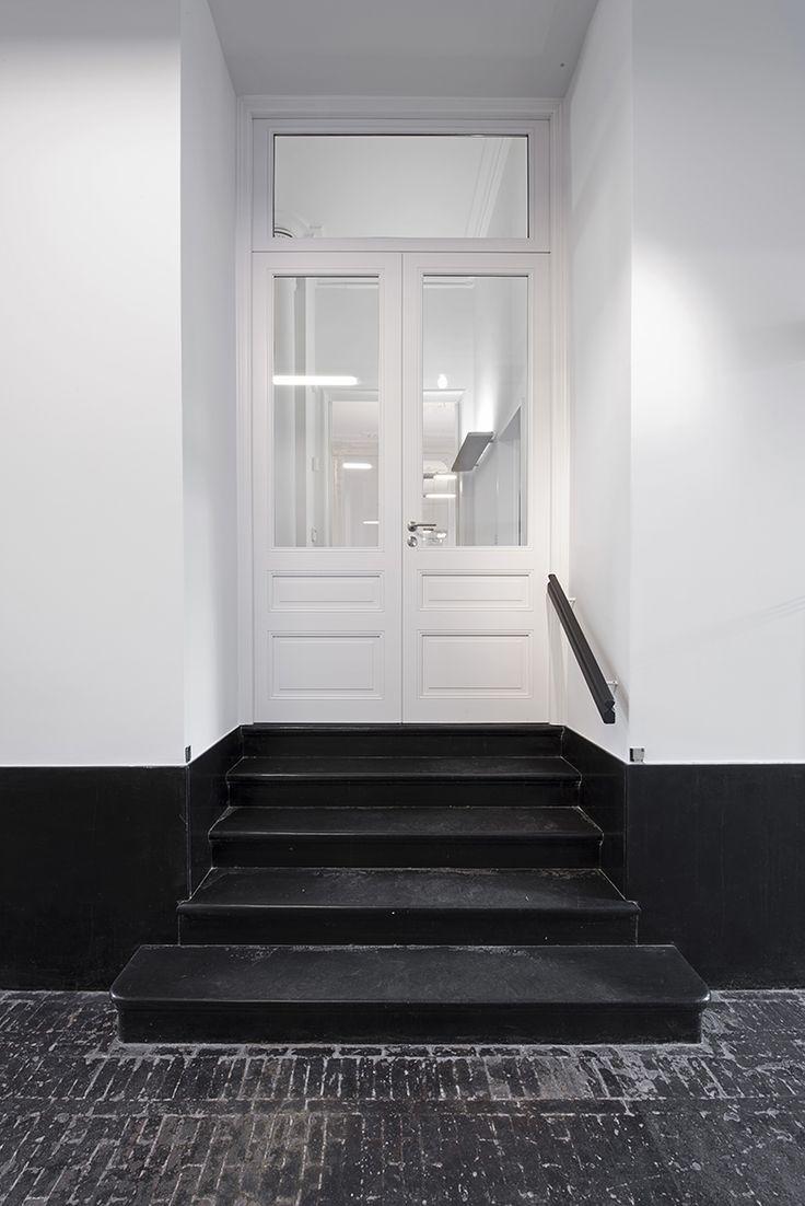 Double panneau de porte laqué blanc avec verre, de style cottage