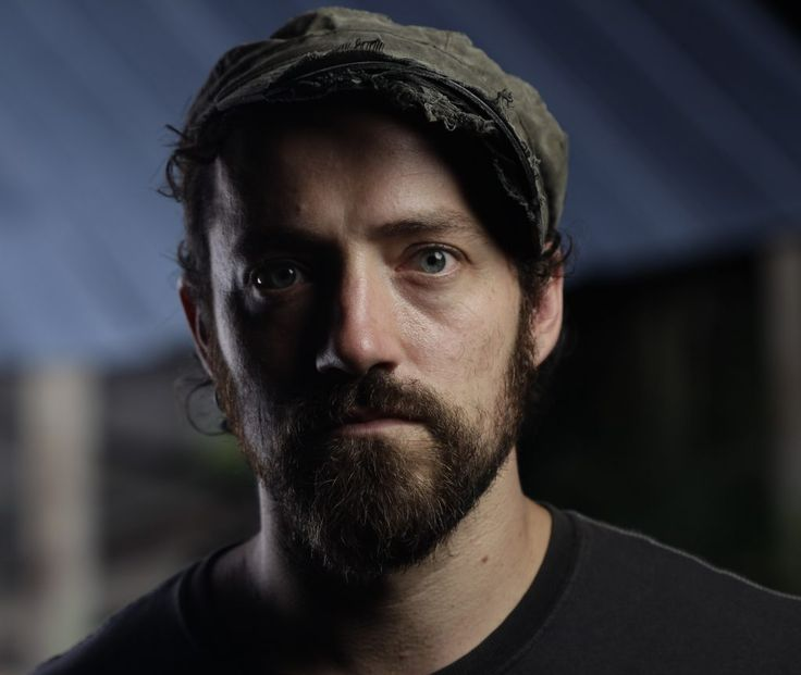 Ep354 - Pierce Edens - Americana Music Show #354 features  a guy out of the deep mountains of North Carolina by the name of Pierce Edens. He's just put out a new country/folky/rock album called Stripped Down Gussied Up and it's got a great sound on it. I've also got the new rock album from Coco Hames. And yes I've got more music from Willie Nelson, Rhiannon Giddens, John Moreland, Vandoliers, the North Mississippi and more.
