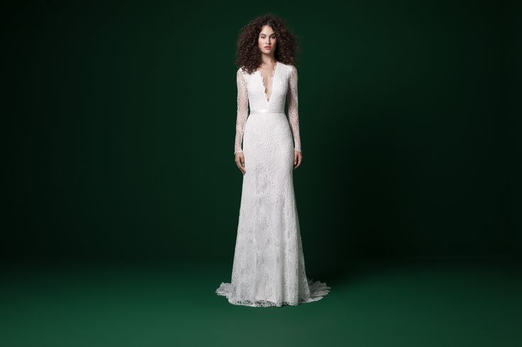 Bride - Daalarna - Benes Anita divattervező egyedi tervezésű esküvői és alkalmi ruhái.