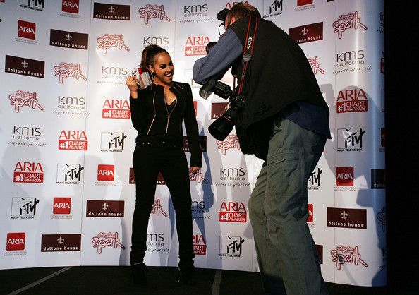 Jessica Mauboy Photos Photos - Jessica Mauboy receives a 2009 ARIA Chart Award at Doltone House on May 13, 2009 in Sydney, Australia.  (Photo by Lisa Maree Williams/Getty Images) * Local Caption * Jessica Mauboy - ARIA Chart Awards 2009