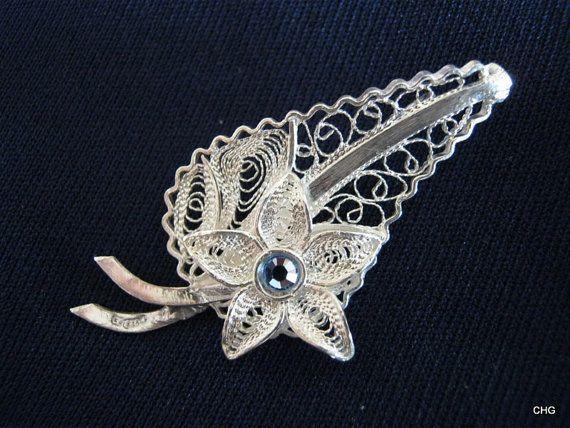 Broszka srebrna liść i kwiatek Malta rękodzieło
