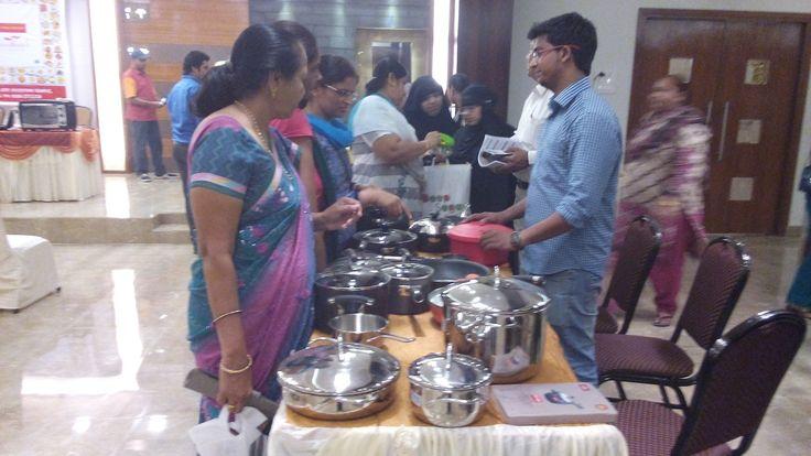 Prestige Bandhan, a multi-cuisine cookery show - held at Prestige Smart Kitchen store, Jamnagar. Demonstrating Prestige products.