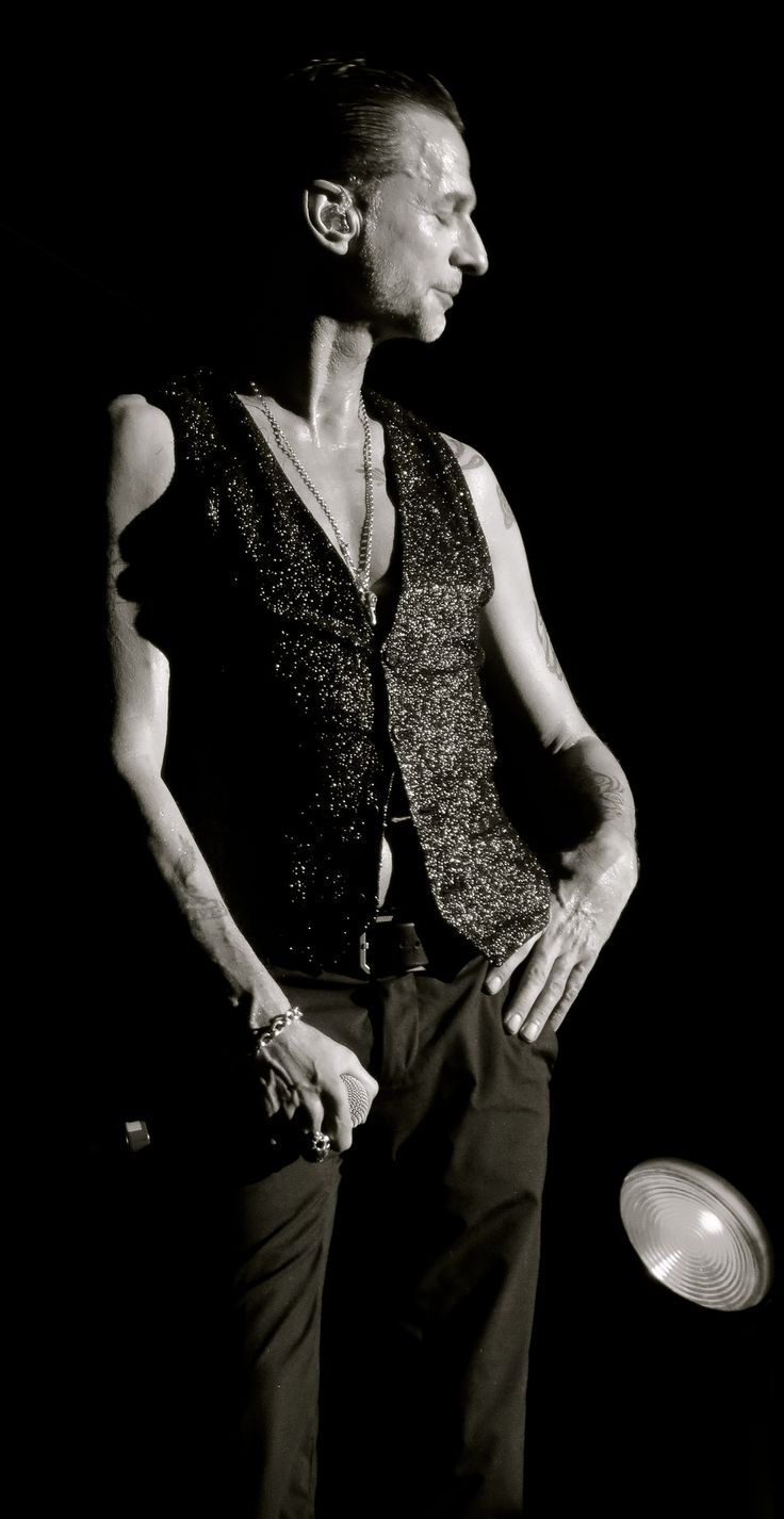 10 images about depeche mode on pinterest martin gore martin o 39 malley and lyrics. Black Bedroom Furniture Sets. Home Design Ideas