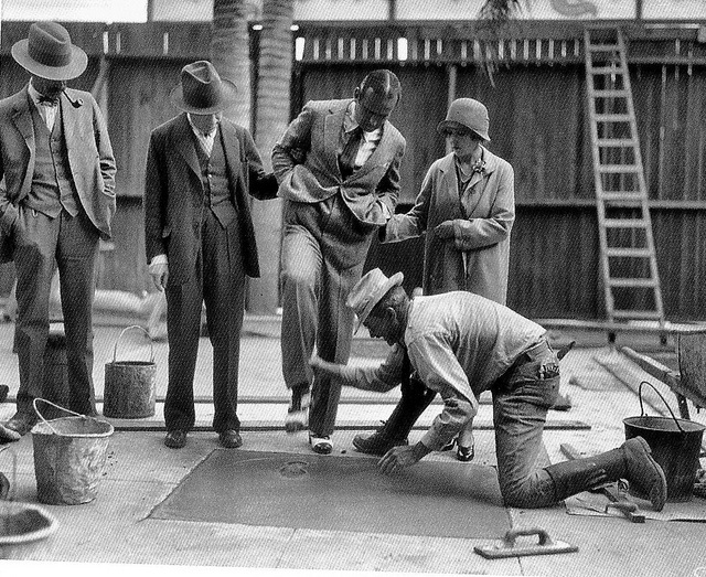 Douglas Fairbanks and Mary Pickford were the very first inaugural celebrities to put their feet and handprints at Grauman's Chinese Theater in 1927
