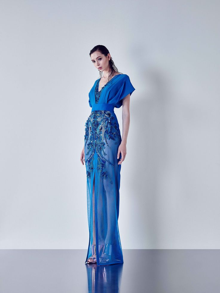 Tube shape embroidered dress with draped Crêpe Georgette