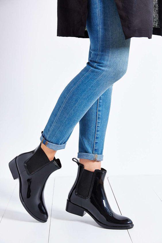 dd584f8b094f WOMENS SAM EDELMAN Rubber Rain Boots Black Gloss Chelsea Tinsley Ankle Boot  9 M  SamEdelman  RainBoots