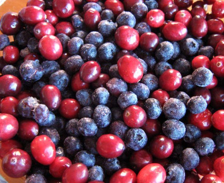 Arándano azul y arándano rojo, propiedades para la salud y diferencias