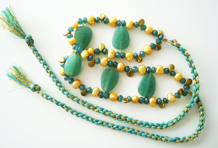 DivinoDon Necklace made of aventurine, pearls and czech glass beads. Find more at www.divinodon.com