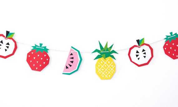 Our happy fruit garland is sure to add some fun to your walls for a party, or hang them around home just because!    Each pack contains: 12 Fruits (3