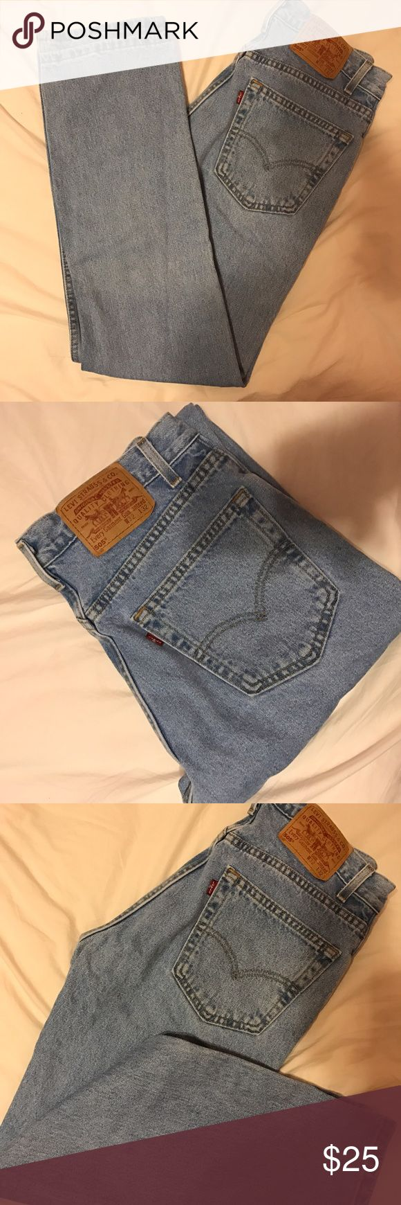 Mom jeans Levi Jeans Light blue mom jeans. This is on very good condition!! Very cute and very in style this season! These jeans are straight legs at the bottom and are super cute but they just don't look good on me. 32 W 32 L these are a size 13/14 converted! (: // #brandymelville #urbanoutfitters TAGGED FOR EXPOSURE Levi's Jeans Straight Leg