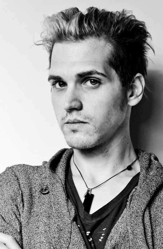 Facts about Mikey Way: birthday, birthplace, age, before fame and family, achievement, Mikey Way's personal life, popularity rankings, and more.