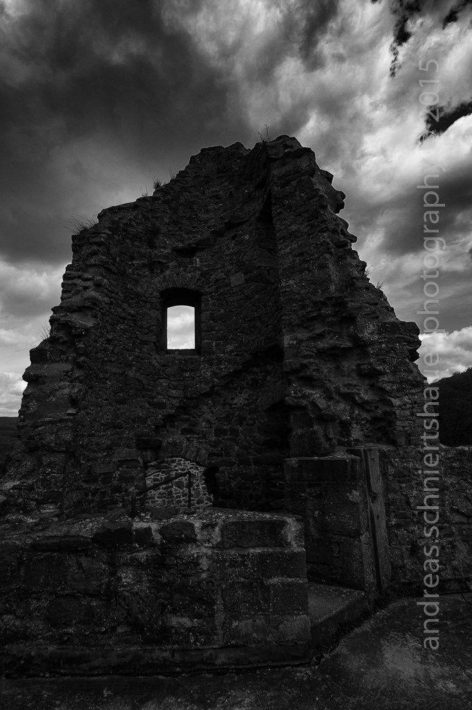 https://flic.kr/p/wVdJLp   Dark Castle Schwarzenfels   Photograph © Andreas Schniertshauer, Dark Castle Schwarzenfels; From the series: lost in space and time, GER 2006.