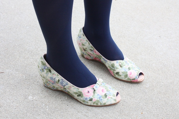 Fun for a bride or a bridesmaid. 1950's floral wedges size 7 by Thrush on Etsy. $58.00.