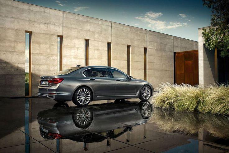 Her açıdan çarpıcı bir tasarım. BMW 7 serisi sedan.