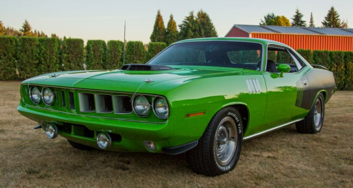1971 Plymouth Cuda V-Code in Sassy Grass Green