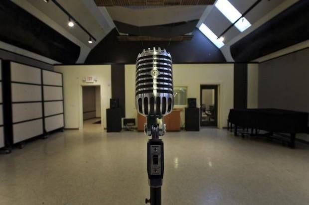 The Interior Of Owen Bradley S Quonset Hut Recording