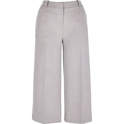 Grey faux suede culotte shorts £38.00 #riverisland #bloggerstyle