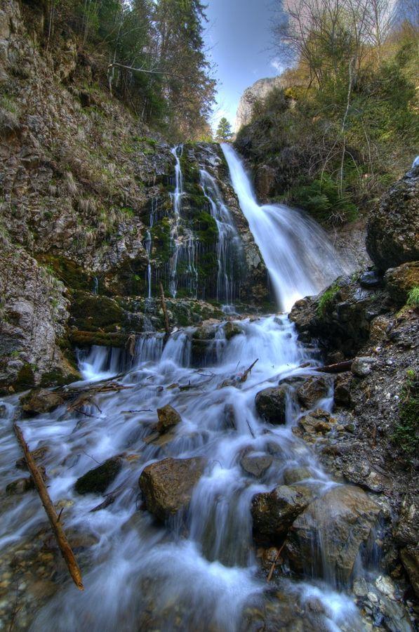 Urlatoarea waterfall, Romania