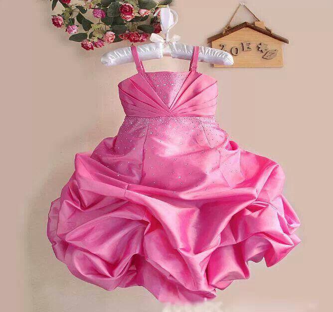 READY STOCK KIDS DRESS KODE : PINK BALLOON DRESS (1-5thn) PRICE : Rp.250.000,- AVAILABLE SIZE (Lebar Dada, Panjang Dress) : - Size 0 (20cm, 46cm) - Size 1 (22cm, 53cm) - Size 2 (23cm, 60cm) - Size 3 (25cm, 62cm) - Size 4 (26cm, 64cm) MATERIAL : Shantung dgn swarovsky pada bagian dada dan rok yg mekar seperti balon. Sangat Mewah dan Elegan utk sang buah hati (^_^) FOR ORDER : SMS/Whatsapp 087777111986 PIN BB 766a6420 FB : Mayorishop  #pusat #anak #kids #pesta #ultah #dress #party #elegant…