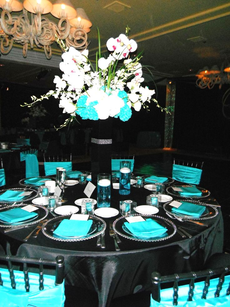 Black and Teal wedding reception @Charity Scantlebury Martin ...but instead of black...brown :)