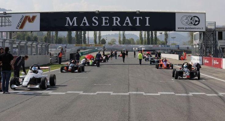 Formula X Italian Series | Caccia ai tre titoli ancora apertissima dopo il round di Varano