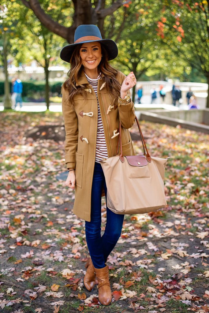 FALL IN CHICAGO | CAMEL COAT + STRIPE TURTLENECK : Sequins and Things waysify