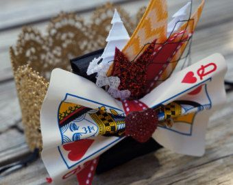 Reine des coeurs or Couronne bandeau/Halloween Dress up/Photo Prop/Gold Crown/Costume accessoire/Reine de coeurs/FrecklesnSass/FrecklesandSass