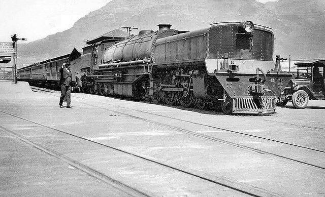Adderley Street, Cape Town c1932