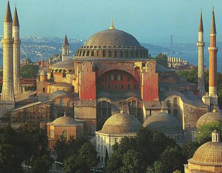Ayasofya - Hagia Sophia....... InshaAllah... one day in my life I can visit her...