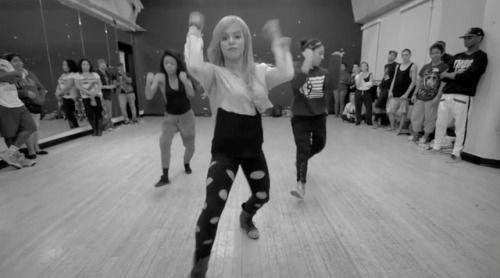 #willdabeast #willdabeast_adams #beyonce #upgrade_u   #choregraphy #dance #dance_choreography #group #danse #danseur #girl #boy #dancer #hiphop #hip_hop #rnb #noipic
