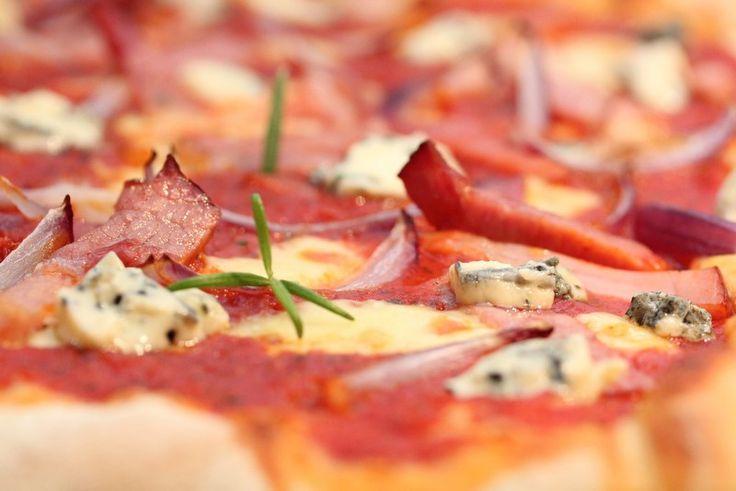 Romjulspizza med skinke og ost